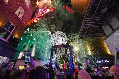 Carnaby Christmas Lights turn on